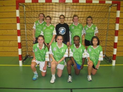 Les -17 filles après leur victoire contre St Amand